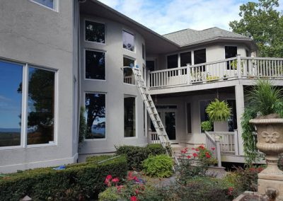 Thompson's Window Cleaning--Residential Window Cleaning2